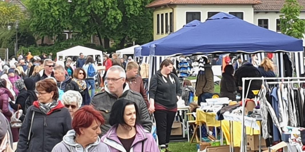 Ahrensburg Familienflohmarkt