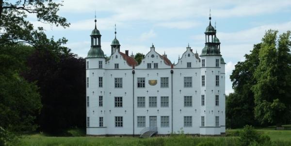 Ahrensburg: Tastenzauber im Schloss